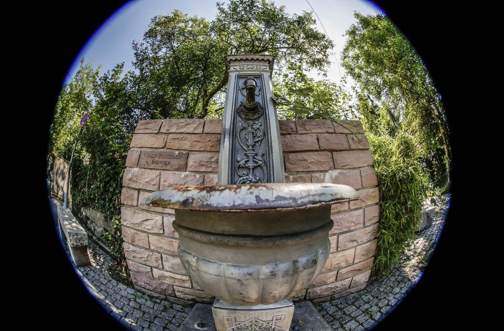 Derzeit auf dem Trockenen: Dr Eugen-Denneler-Brunnen Foto: LG/ Piechowski