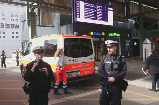 Zugbegleiterin schlägt Alarm wegen Symptomen