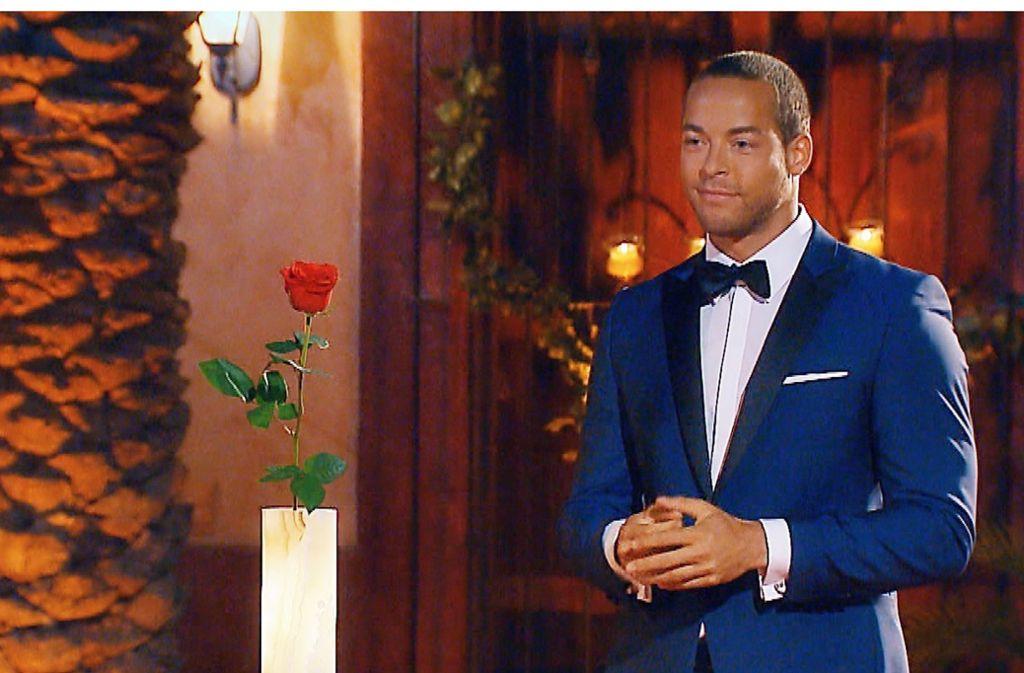 Eine Rose hat Andrej Mangold noch zu vergeben, dann kommt er ins Milaneo. Foto: RTL