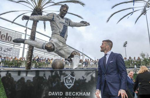 So legt James Corden seinen Kumpel David Beckham rein