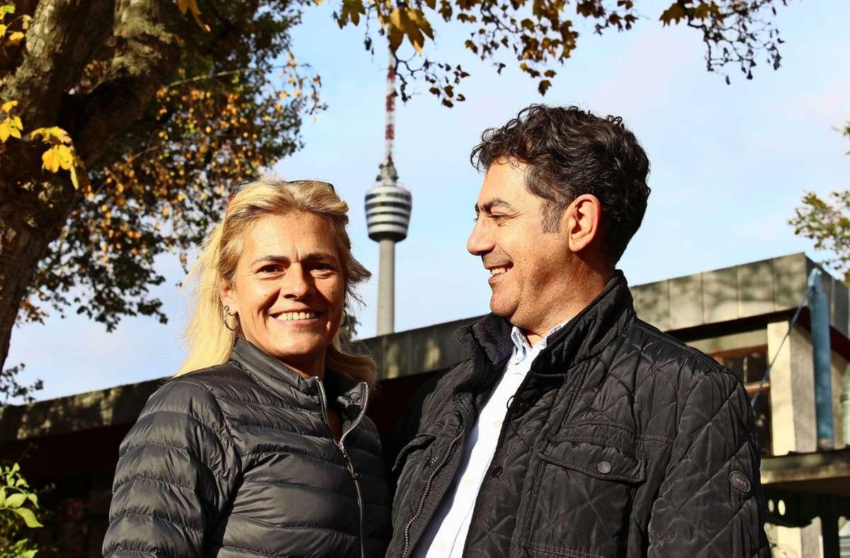 """Mario Bruno und seine Lebensgefährtin Snjezana Fraccalvieri, besser bekannt als Schnecki, haben das Vereinslokal der TSG Stuttgart auf der Waldau übernommen und in """"Da Mario & Schnecki"""" umbenannt. Foto: Caroline Holowiecki"""