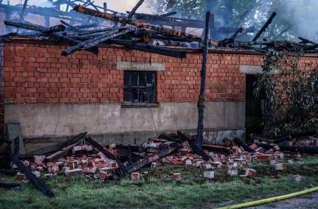 Das Wohnhaus wurde durch den Brand völlig zerstört. Foto: SDMG//Kohls