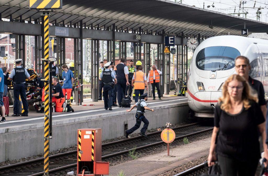 Der Vorfall ereignete sich am Montag am Frankfurter Hauptbahnhof. Foto: dpa