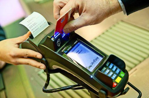 Corona beflügelt Zahlungen per Karte und Handy