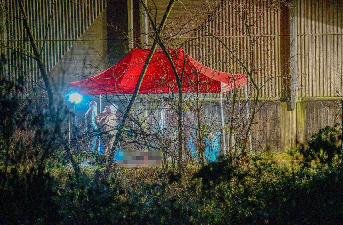 Eine Sonderkommission der Polizei hat ihre Ermittlungen aufgenommen. Foto: dpa/Marius Bulling
