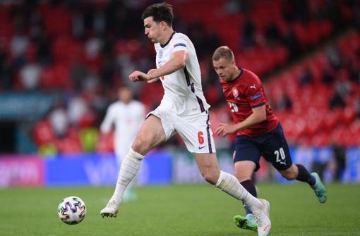 1:0 gegen Tschechien: Sterling köpft England zum Sieg