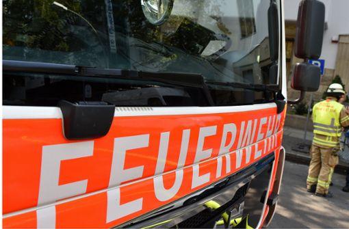 Zeitungsausträgerin bemerkt Feuer und warnt Familie