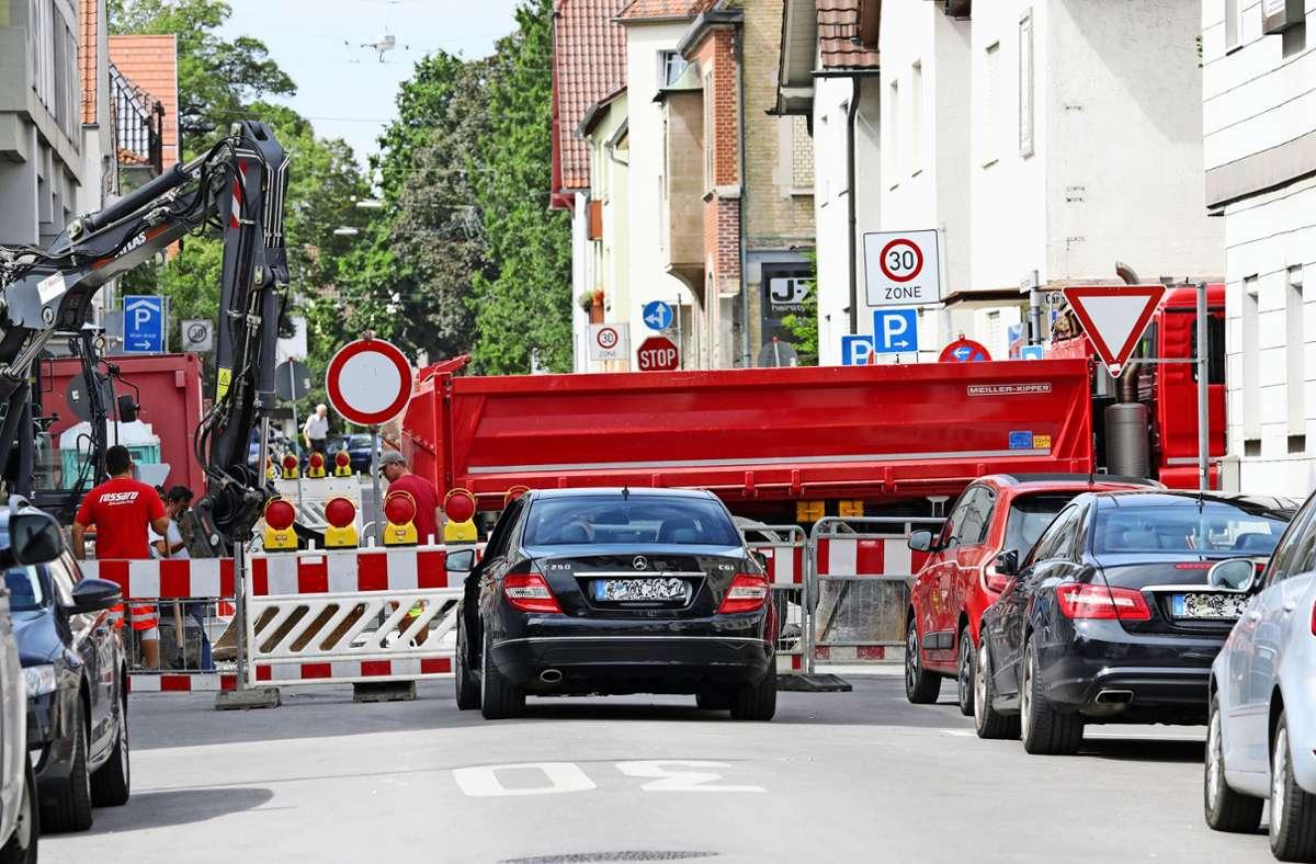 Gerade kann man von der Thomas-Mann-Straße nicht in die Cannstatter Straße einfahren. Foto: Patricia Sigerist