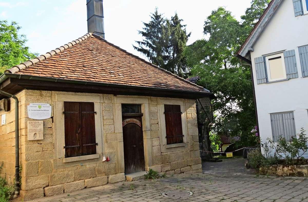 Das Gebiet hinterm historischen Plattenhardter Backhaus, dort wo der Kindergarten steht, soll neu bebaut werden Foto: Otto-H. Häusser