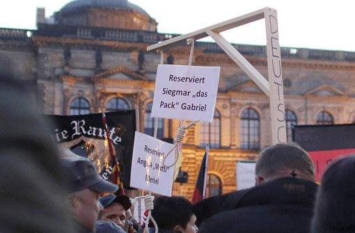 Galgen für Merkel und Gabriel