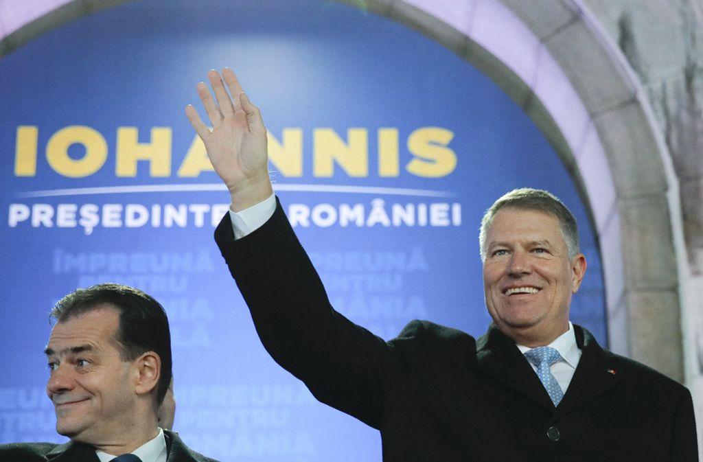 Klaus Iohannis bleibt rumänischer Präsident. Foto: AP/Vadim Ghirda