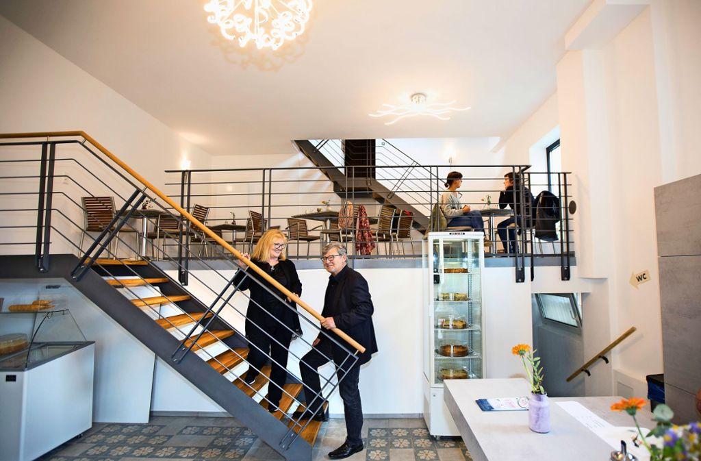 Karin Woyta und Werner Stepanek haben gemeinsam die Konzeption für das Café Milchhäusle in Faurndau erarbeitet. Foto: /Horst Rudel