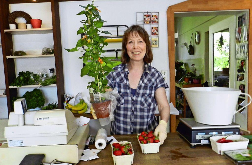Erdbeeren, Salat oder Blumen – bei Ingrid Strähle kann bald nicht mehr eingekauft werden. Foto: Archiv Sabine Schwieder