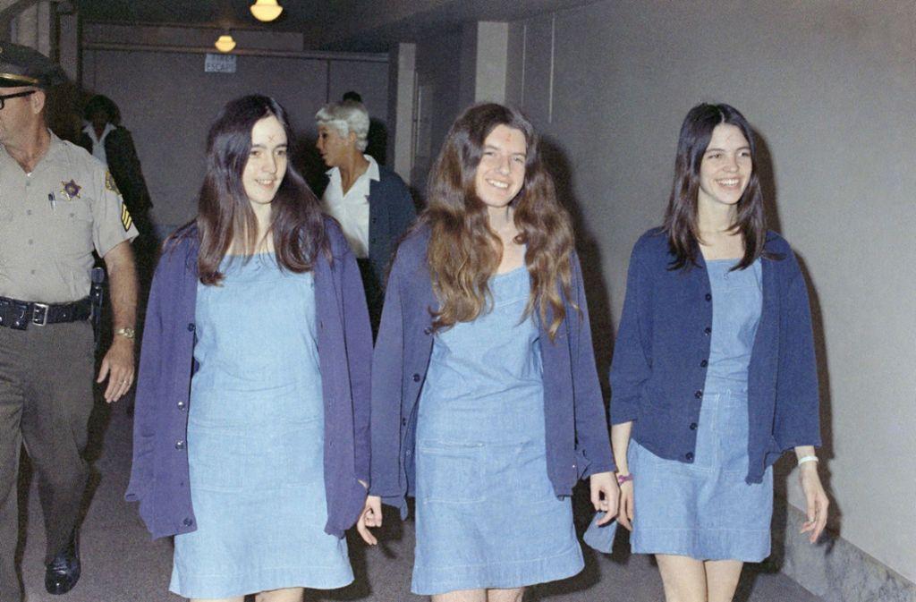 Im Sommer 1967 kam Manson nach San Francisco, der Hauptstadt der Hippiebewegung. Dort scharte er mehrere junge Leute um sich, meist Ausreißer mit labiler Persönlichkeit.  Foto: AP/George Brich