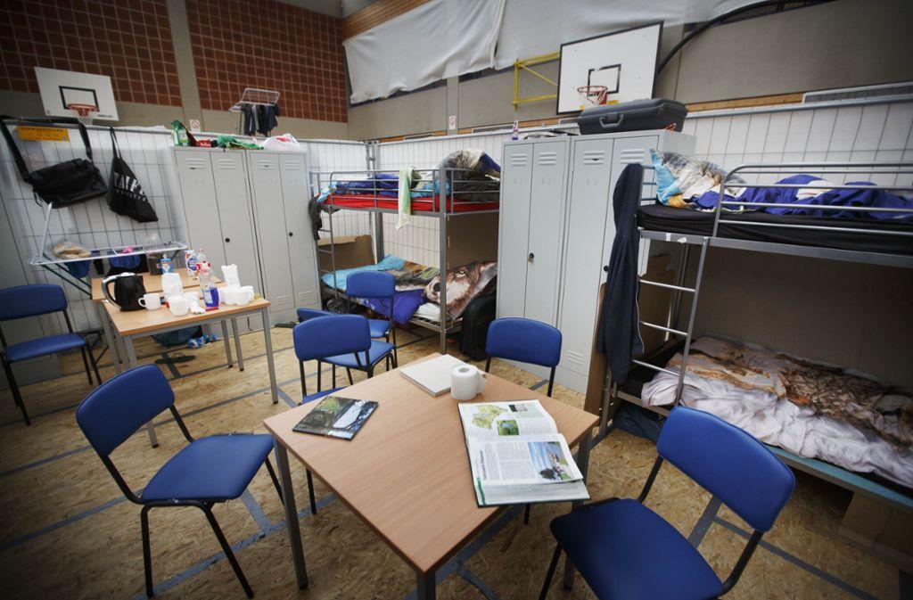 Die Zeiten, zu denen auch Sporthallen als Unterkünfte für Geflüchtete genutzt werden mussten – wie hier die  der Berufschule in Waiblingen – sind zum Glück vorbei. Foto: Gottfried Stoppel