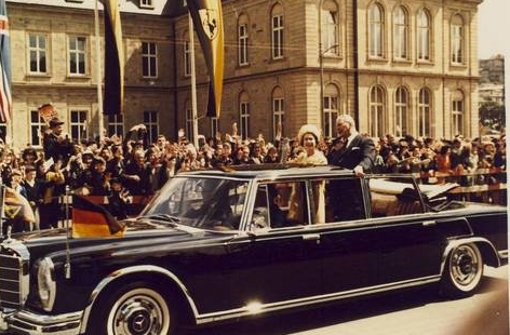 Die Queen stattet Stuttgart einen Besuch ab