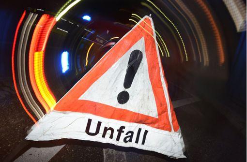 Lasterfahrer stirbt auf der A6 - Gas tritt aus