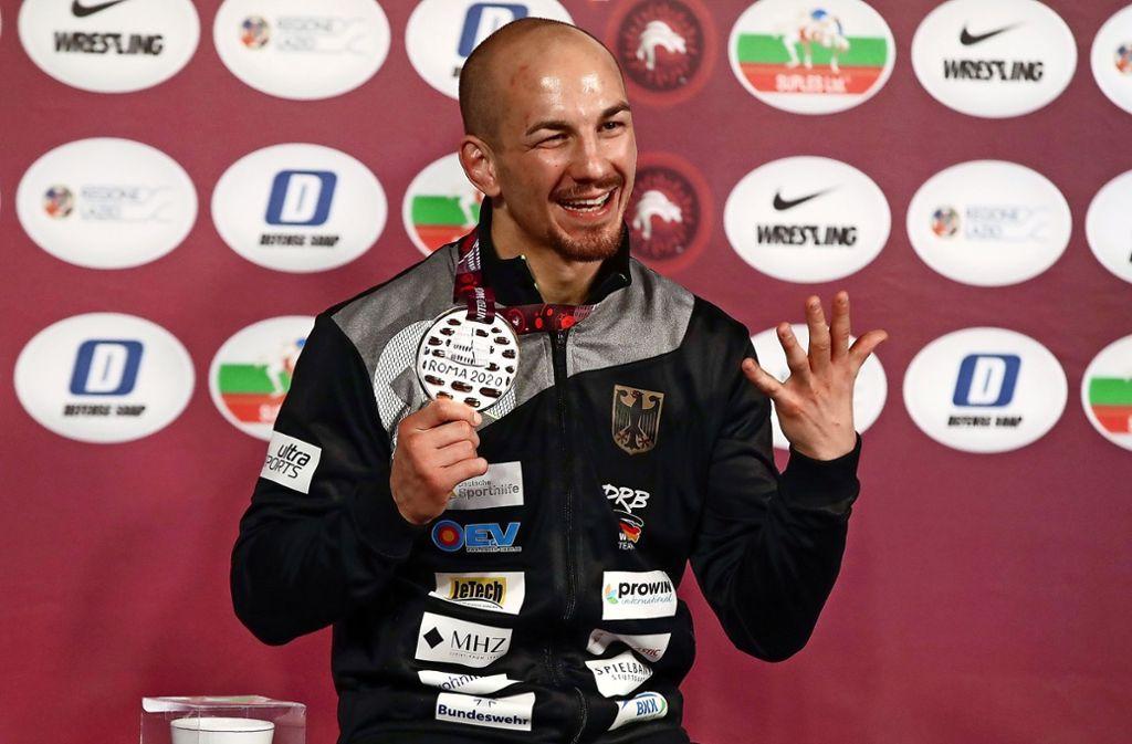 Frank Stäbler jubelt: er wird 2020 in Rom Europameister. Foto: AP/Alessandra Tarantino