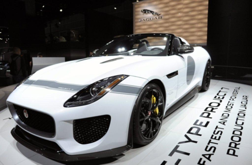 Nicht kleckern, sondern klotzen bei der LA Auto Show: Jaguars F-type Project 7 Foto: EPA