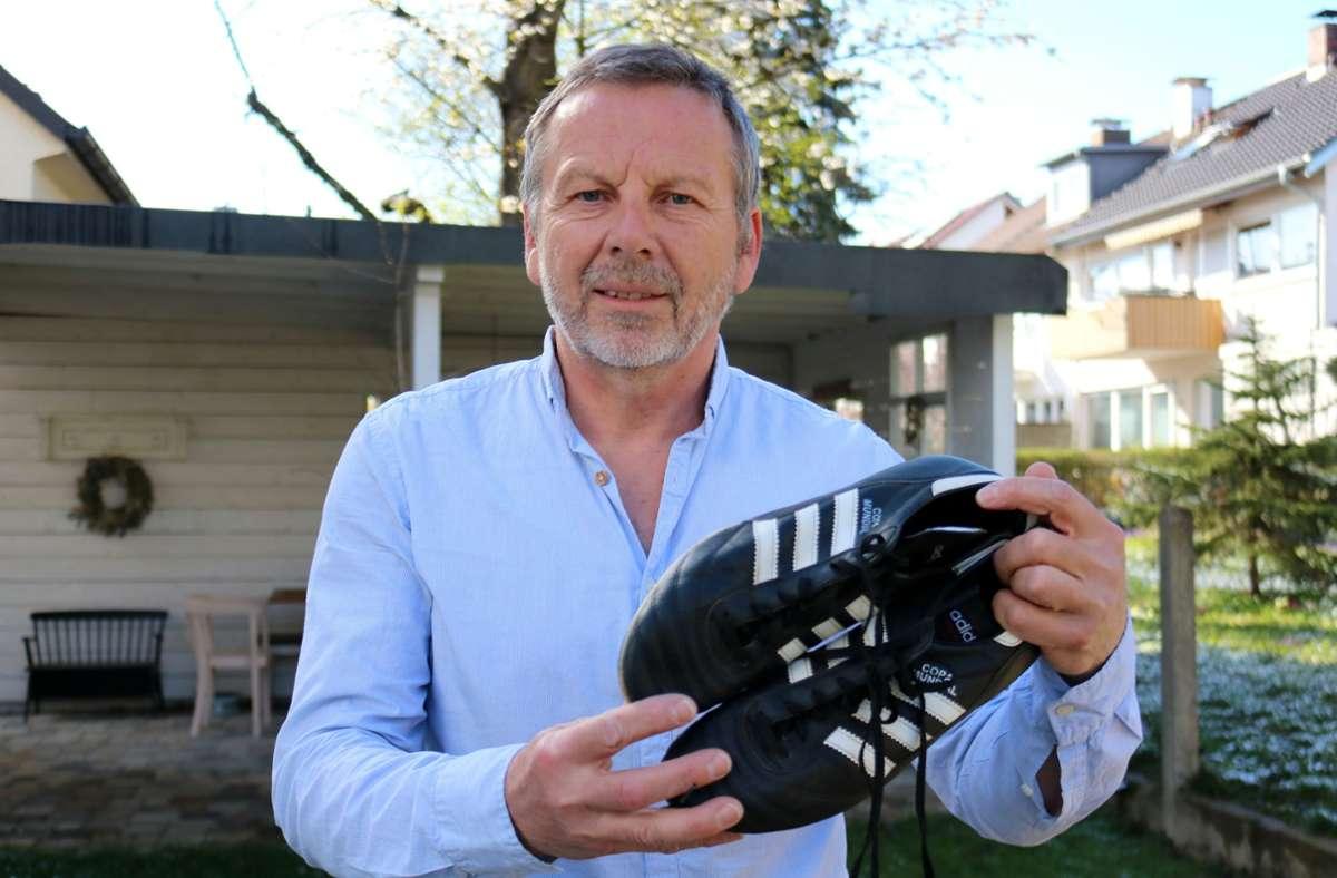 Klaus Meister hat seine sportliche Laufbahn bei den Juniorenfußballern des TV Oeffingen begonnen und bei den Senioren des SV Fellbach beendet. Foto: Eva Herschmann