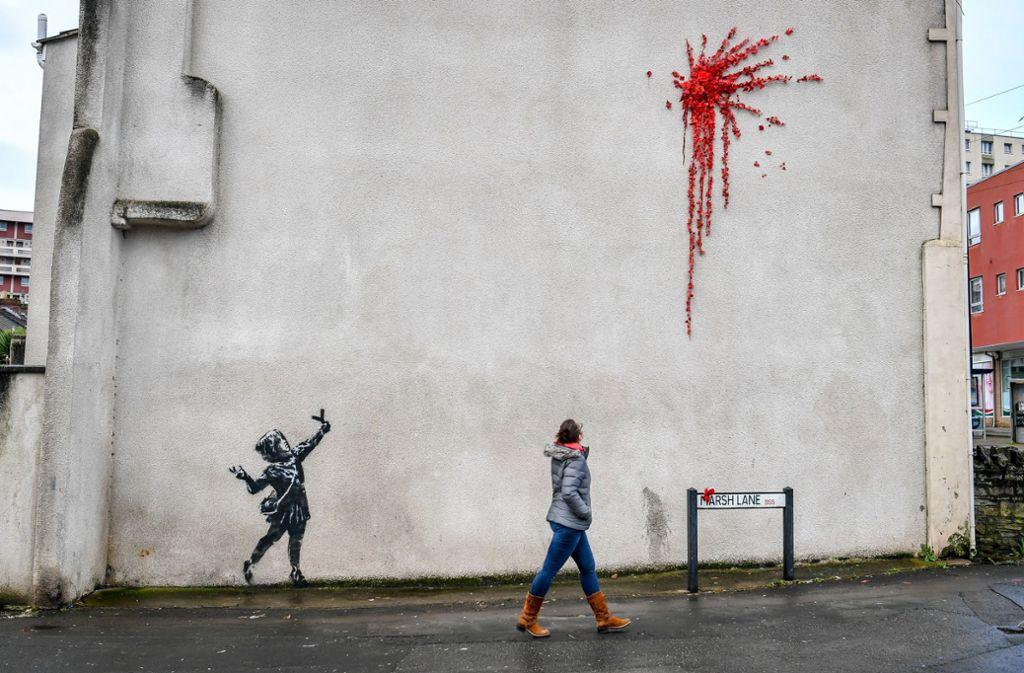 In der Nacht zu Freitag ist ein neues Banksy-Kunstwerk in Britol entstanden. Foto: dpa/Ben Birchall