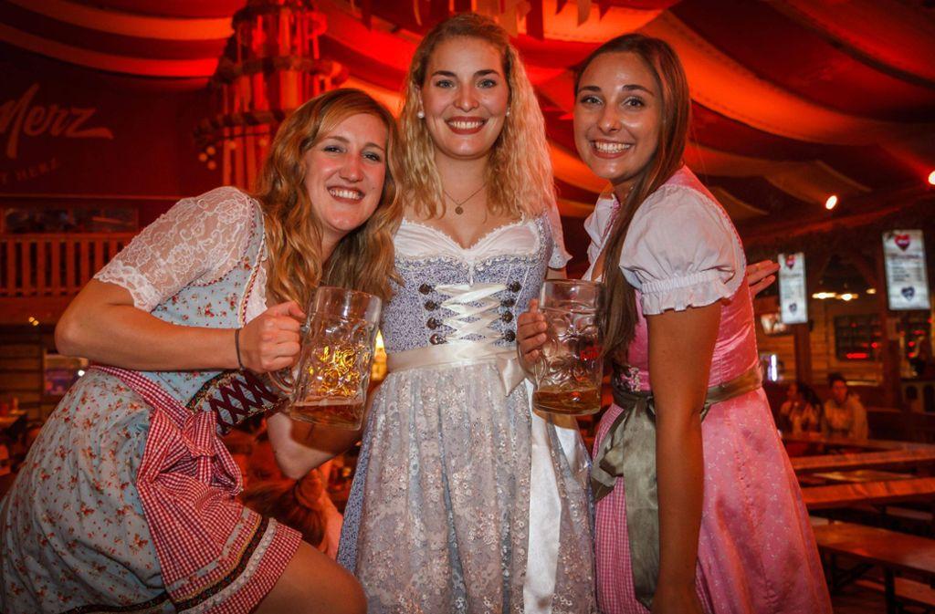 Die Studenten feierten auch am Dienstag ausgelassen im Festzelt. Foto: 7aktuell.de/Daniel Boosz