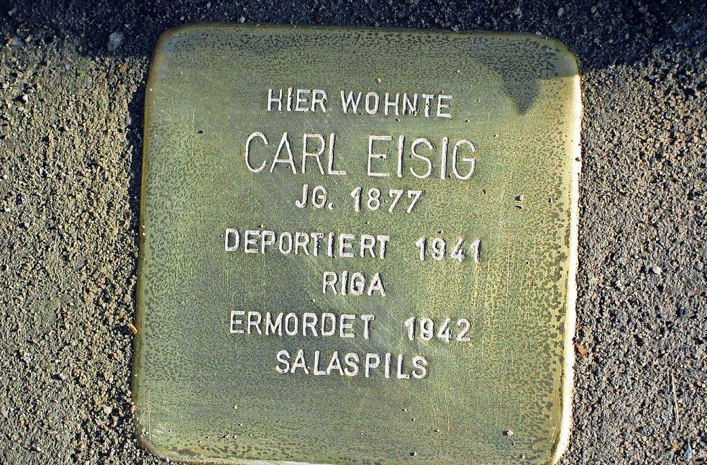 Carl Eisig wurde 1941 deportiert. Der Künstler Gunter Demnig hat jüngst 16 Stolpersteine in Stuttgart verlegt. Foto: Susanne Müller-Baji