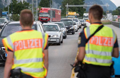 Seehofer ordnet Verlängerung der Grenzkontrollen an