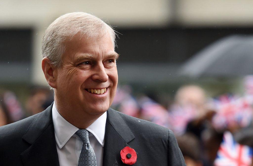 Prinz Andrew wird vorgeworfen, mehrfach erzwungenen Sex mit einer 17-Jährigen gehabt zu haben. Foto: dpa/Andy Rain