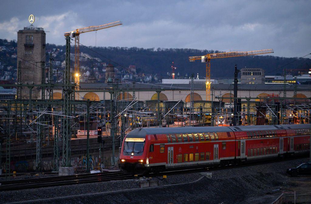Der Stuttgarter Hauptbahnhof schneidet in einem europaweiten Ranking schlecht ab. Foto: Sebastian Gollnow/dpa
