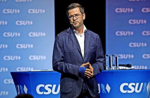 Tosender Applaus für Guttenberg