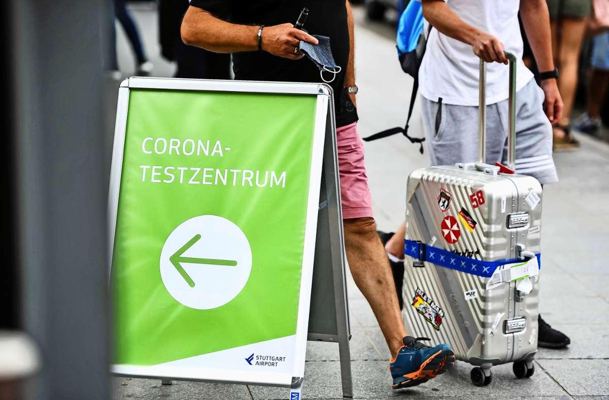 Wer in Stuttgart landet und aus einem Corona-Risikogebiet kommt, muss zur Teststation. Foto: Lichtgut/Max Kovalenko