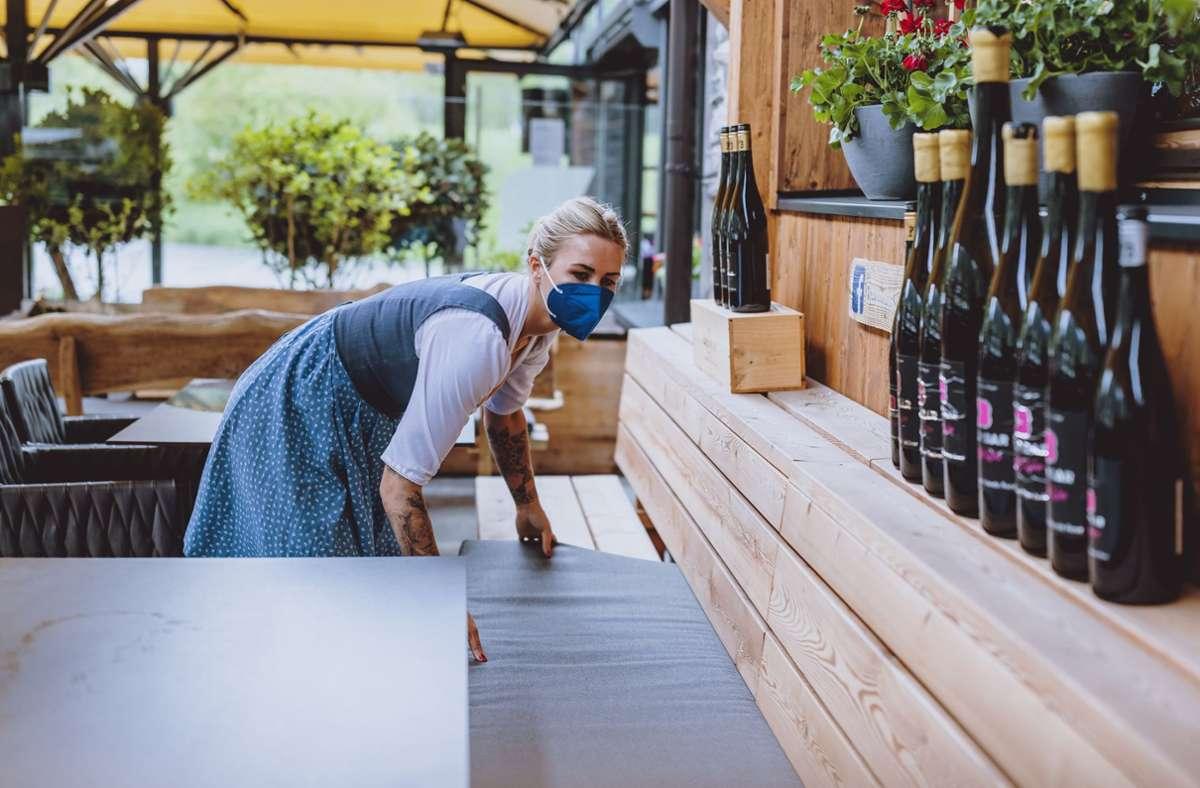 In Hotels und Restaurants fehlt das Servicepersonal. Foto: Eibner/Feichter