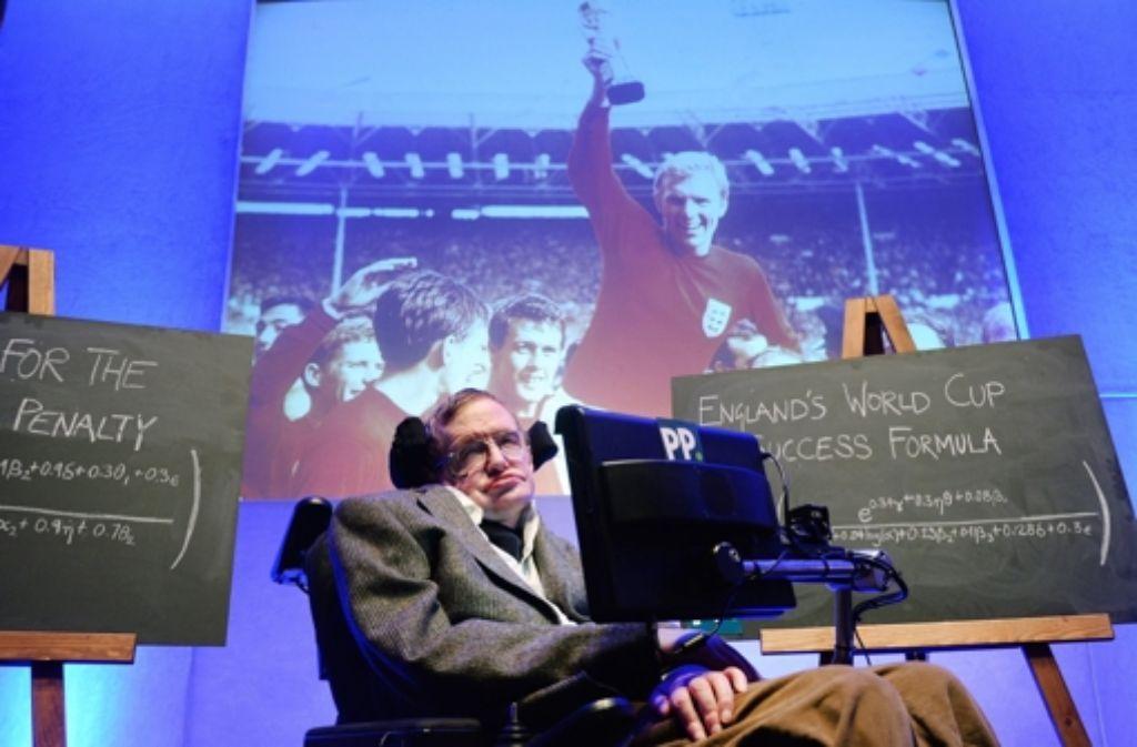 Der britische Physiker Stephen Hawking ist einer der bekanntesten ALS-Betroffenen. Bei ihm verläuft die Krankheit sehr langsam. Was ALS genau ist, lesen Sie hier. Foto: dpa