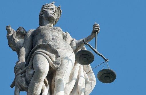 Alte Weggefährten streiten vor Gericht