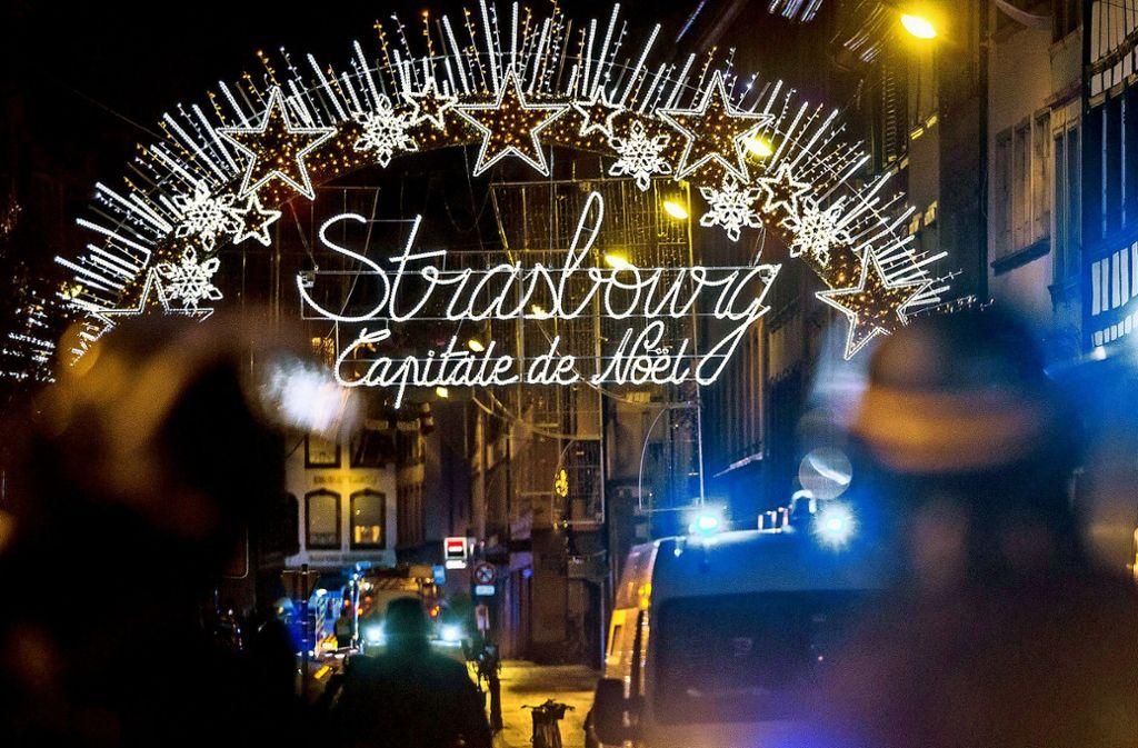 In der Straßburger Altstadt schoss der Täter auf Gäste des Weihnachtsmarkts. Foto: dpa