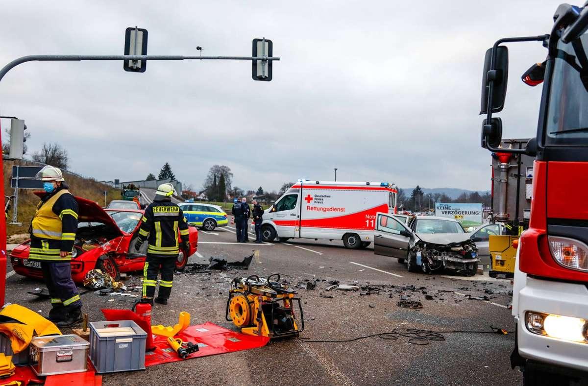 Ein Porschefahrer hat im Kreis Göppingen einen schweren Unfall verursacht. Foto: 7aktuell.de/Christina Zambito