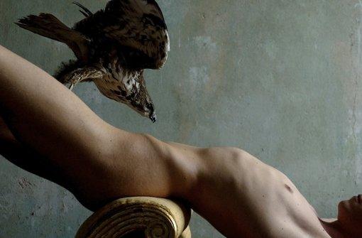 Der Fotograf Marc Antonio widmet sich mit seiner Kamera verschiedenen Facetten der Erotik.  In der Galerie Nieser zeigt er 45 erotische Männerakte. Eine kleine Auswahl ist in unserer Bildergalerie zu sehen, der Rest an der Großen Falterstraße 31/3. Foto: privat