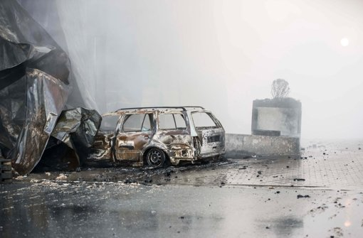 Wiesenhof-Brand wohl noch bis Dienstag
