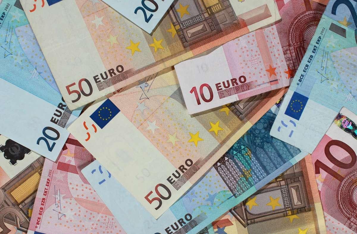 2,50 Euro Einsatz, 180.000 Euro Gewinn (Symbolbild) Foto: dpa/Jens Wolf