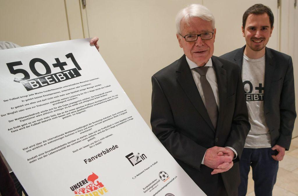 DFL-Präsident Reinhard Rauball (links) Foto: dpa