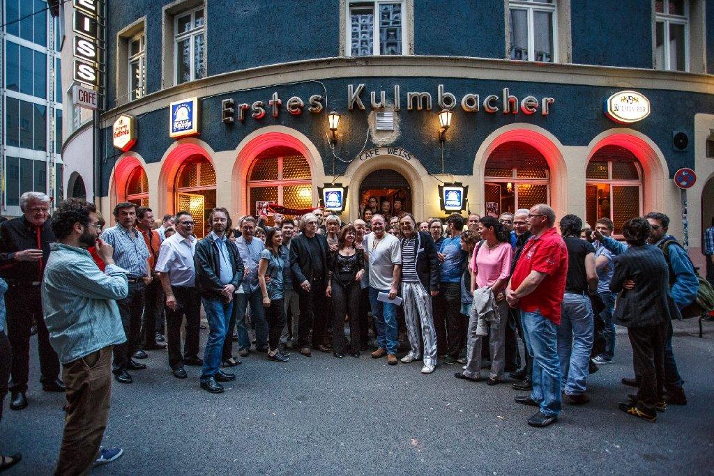 Vor genau zwei Monaten ist das Café Weiß an der Geißstraße in Stuttgart wiedereröffnet worden. Am Sonntag wurde es von einem bislang unbekannten Einbrecher heimgesucht. Foto: www.7aktuell.de | Florian Gerlach