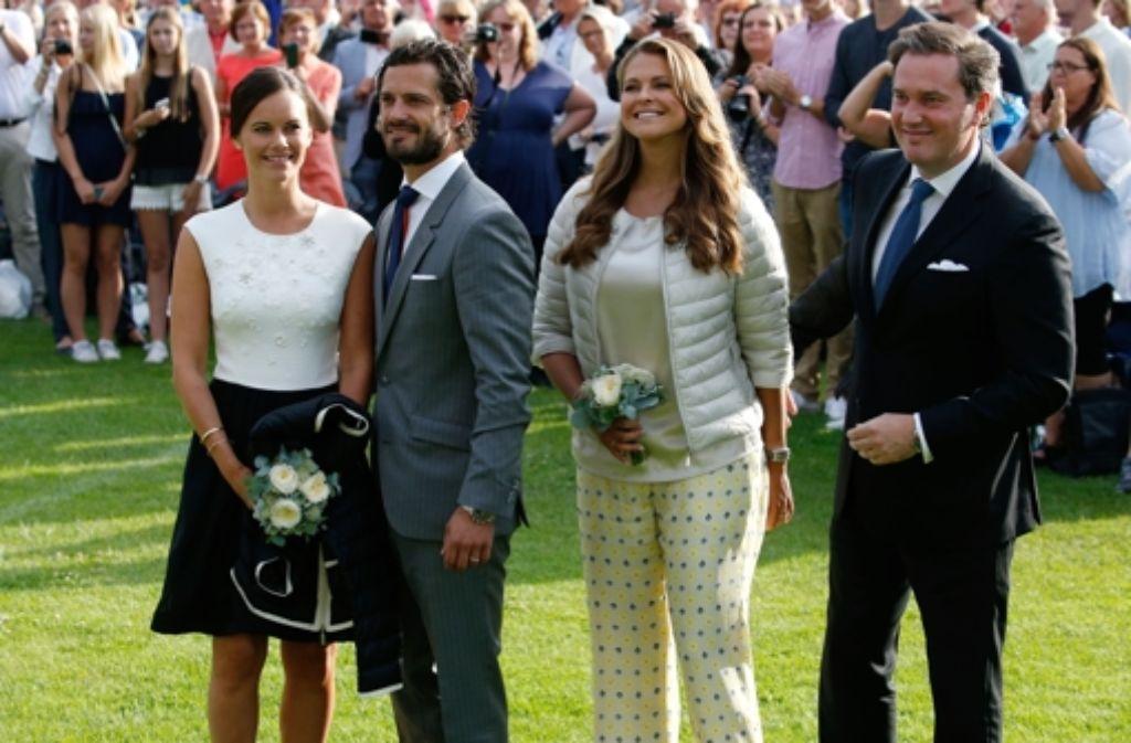 Am Victoria-Tag feierten auch Prinzessin Sofia, Prinz Carl Philip, Prinzessin Madeleine und Chris ONeill (von links). Foto: Getty Images Europe