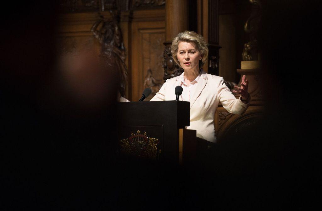 Verteidigungsministerin Ursula von der Leyen scheut Kontroversen nicht. Foto: dpa