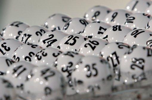 Ehepaar gewinnt zum zweiten Mal im Lotto