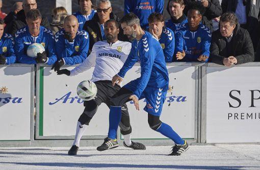 VfB-Legenden messen sich bei Schneefußball-WM