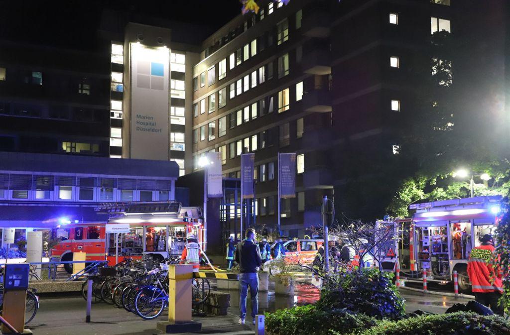 Der Brand brach im Marien Hospital in Düsseldorf aus. Foto: dpa