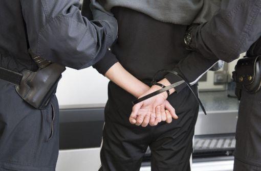 Drei Flüchtlinge wegen Terrorverdachts festgenommen