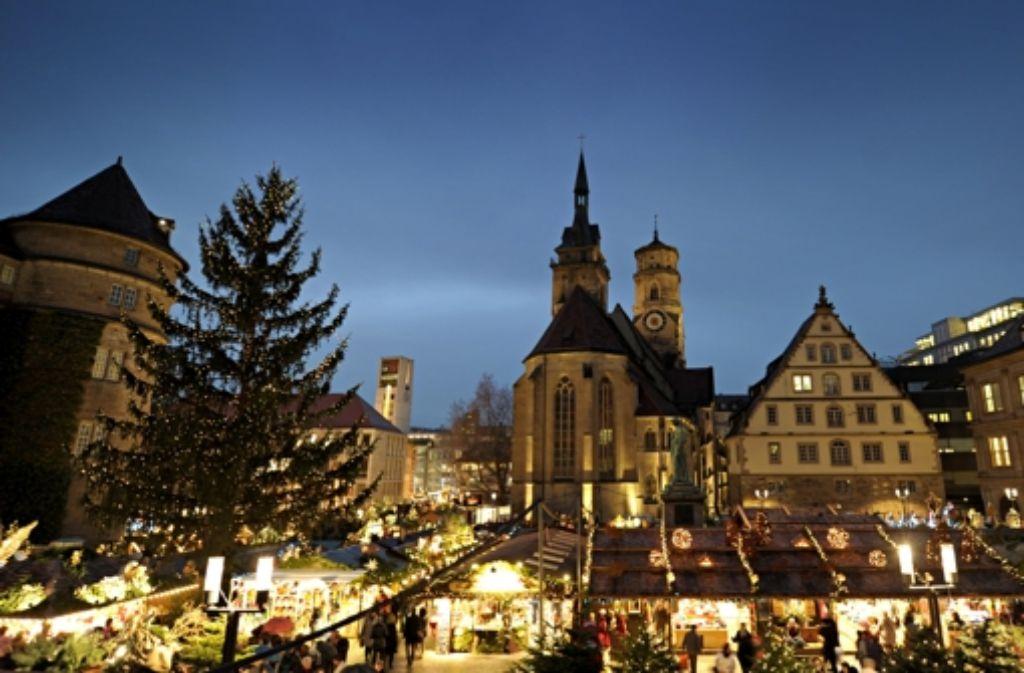 Der Stuttgarter Weihnachtsmarkt – hier ein Bild vom Vorjahr – Foto: dpa