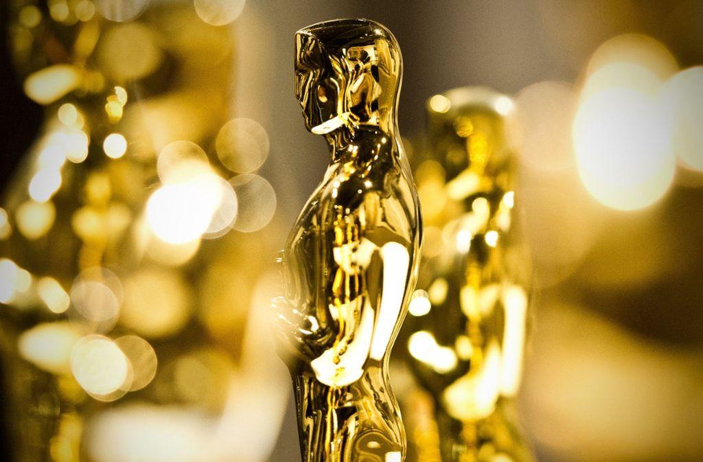 Das Objekt der Begierde vieler Filmschaffender mal von der Seite: der Oscar. Foto: dpa